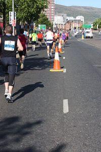 300px-Belfast_City_Marathon,_May_2011_(35)